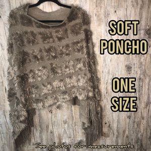 🆕Soft Fuzzy Poncho